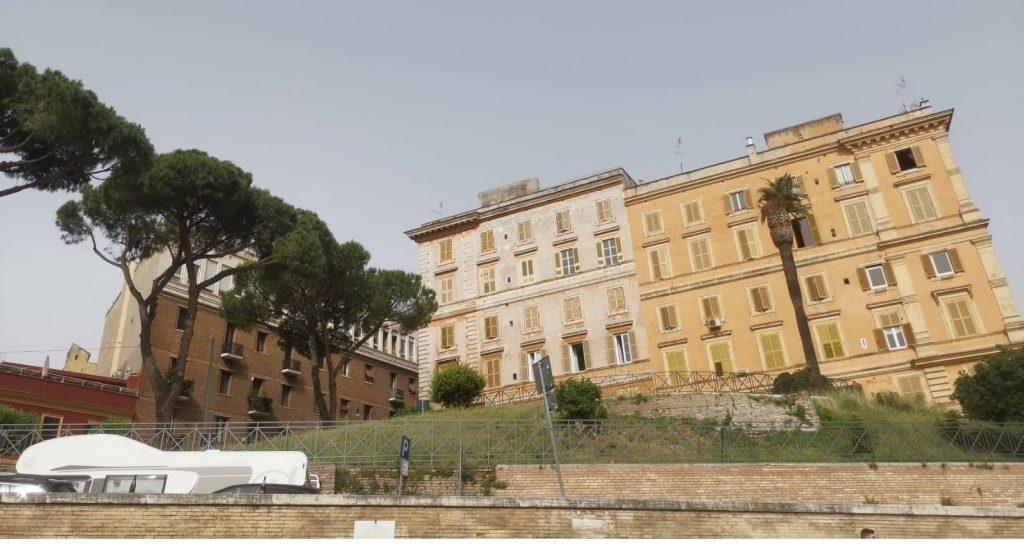 Wertemobil vorm Colosseum